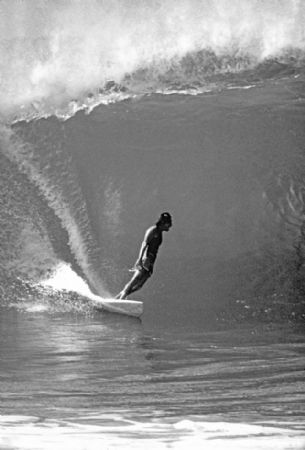 photo gerry-lopez-chimsee-pipe-1979.jpg California Dream : Jeff Divine - François Fontaine - photographies