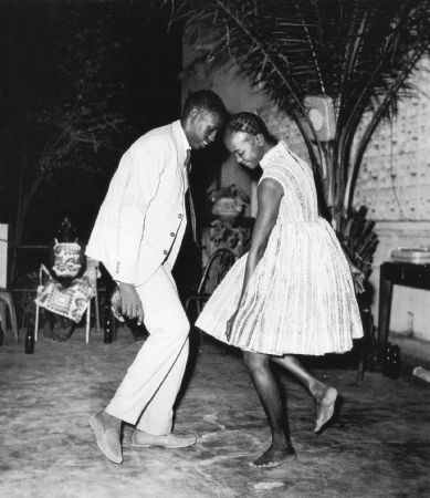 photo malick-sidibe-christmas-eve-1963.jpg Collectible V - photographies