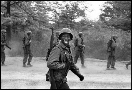 photo 007-Fort-Dix-New-Jersey-USA-1951.jpg Elliot Erwitt - photo exhibition