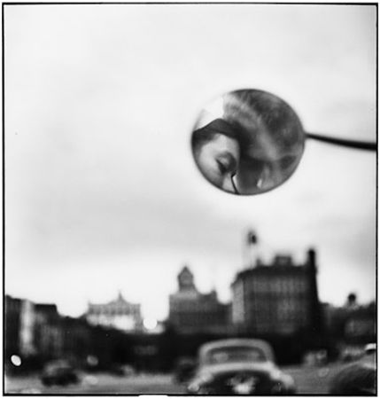 photo 017-New-York-City-USA-1949.jpg Elliot Erwitt - photo exhibition