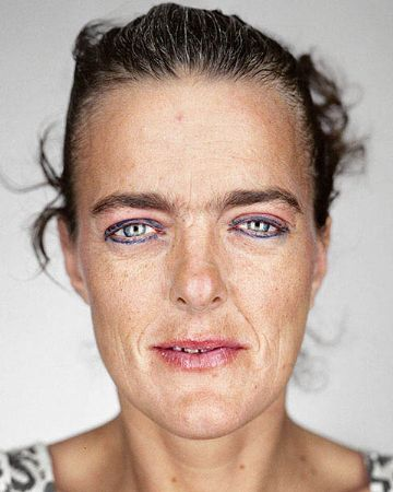 photo denise-martin-ink-jet---mounted-&-framed---for-sale-15.jpg Martin Schoeller - Photographies