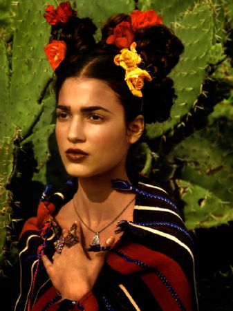 photo 154_frida-kahlo-story-morocco-1998.jpg Albert Watson - Photographies