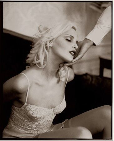 photo 017_Nadja Auermann Paris 1994-2 by Patrick Demarchelier.jpg Patrick Demarchelier - Photography exhibition