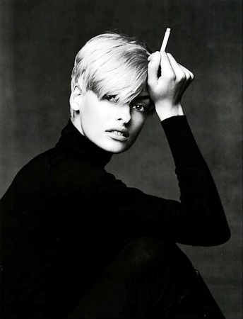 photo 027_Linda Evangelista New York 1990 by Patrick Demarchelier.jpg Patrick Demarchelier - Photography exhibition