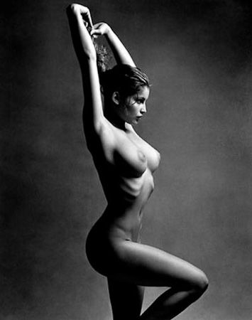 photo 028_Laetitia Casta 1997 by Patrick Demarchelier.jpg Patrick Demarchelier - Exposition Photo