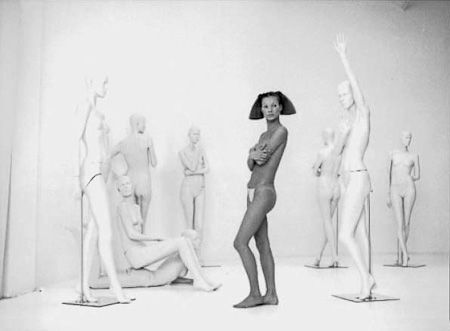 photo 035_Kate And Mannequins 1992 by Patrick Demarchelier.jpg Patrick Demarchelier - Exposition Photo